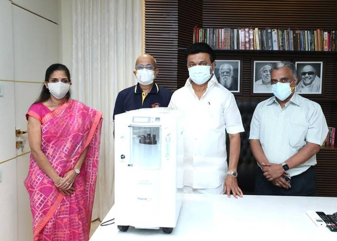 CSKCL Director Mr R Srinivasan, handed over an oxygen concentrator to the Chief Minister of Tamil Nadu, MK Stalin, on Saturday. - CSKCL MEDIA